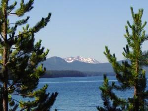 Diamond Peak from the shores of Waldo Lake